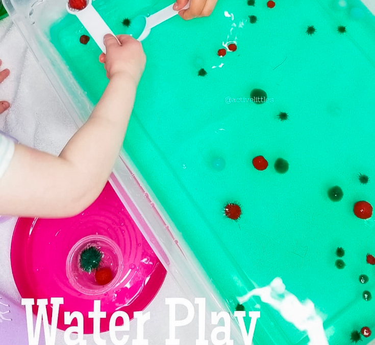 Christmas Pom Pom Water Play Sensory Bin