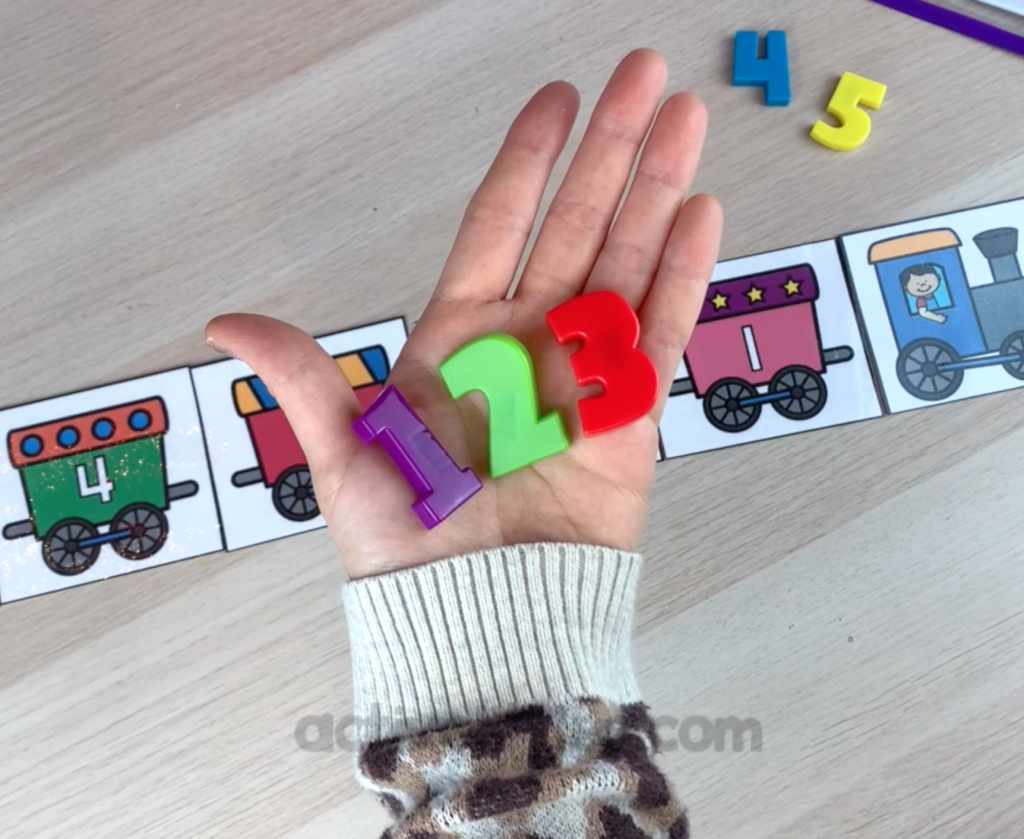 simple math printable for preschoolers