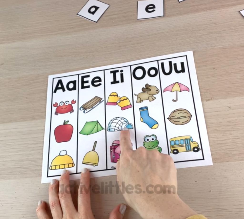 learning short vowel sounds file folder game alphabet